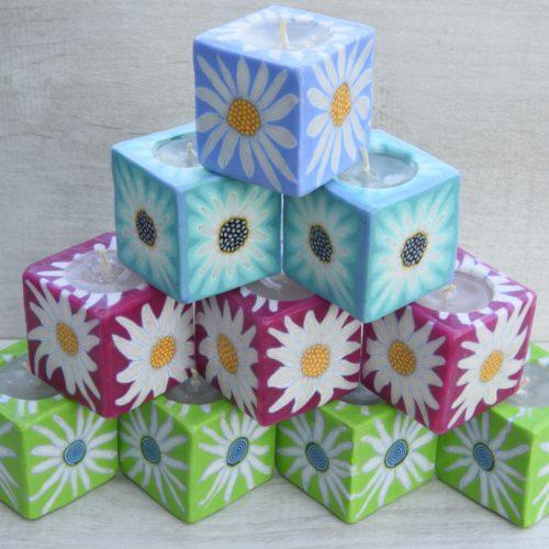 Kerzenset Simply Flower. Farbe: multi. Form: Würfel. Handgemachte Designkerzen. Kerzen Onlineshop.