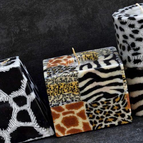 Kerzenset Afrika Themen. Farbe: Tierfelloptik. Form: multi. Handgemachte Designkerzen. Kerzen Onlineshop.